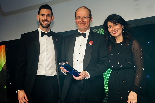 Alasdair McKinnon - collecting Best Investment Trust award
