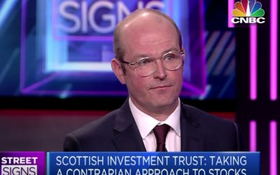 Alasdair_McKinnon_CNBC_Street_Signs